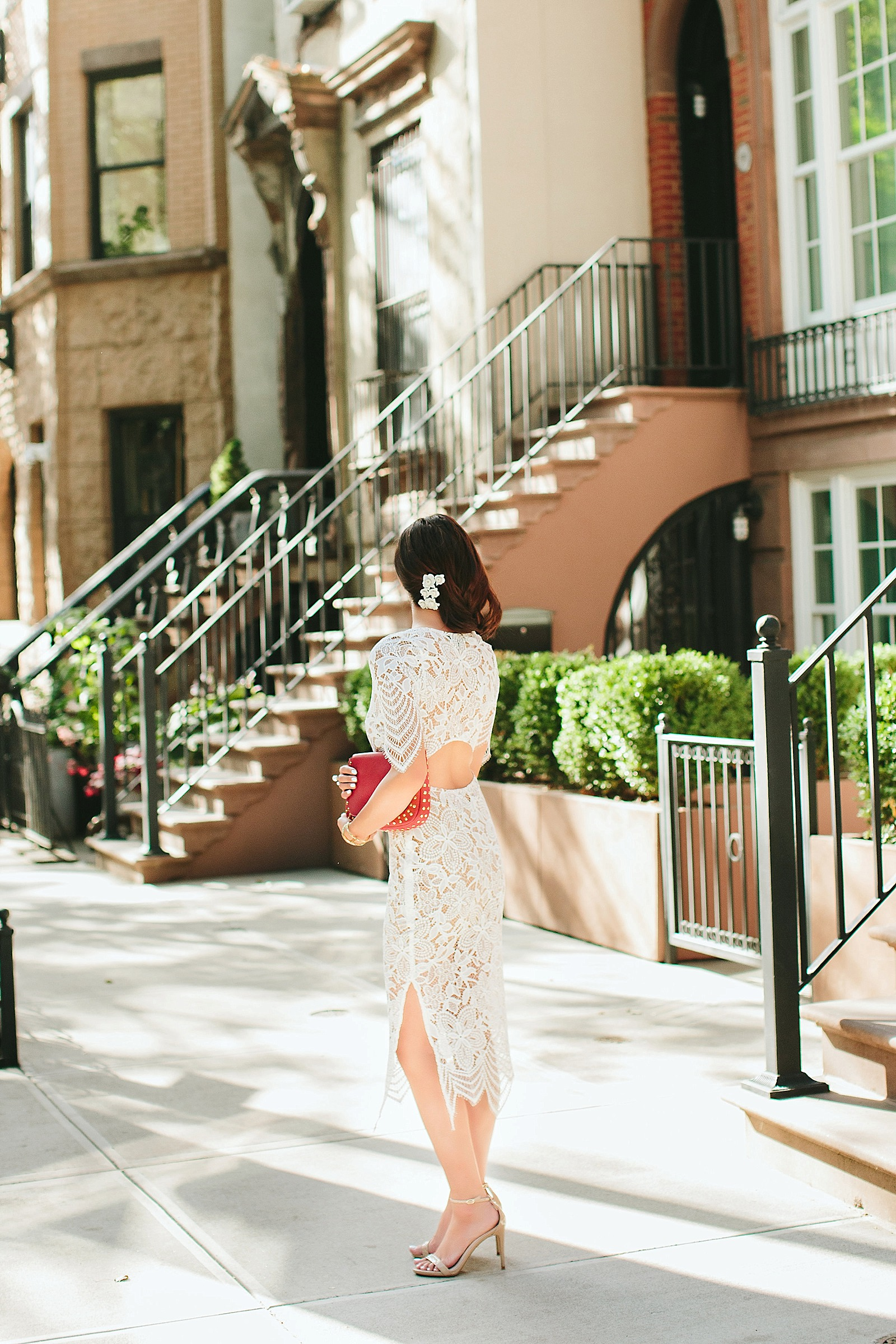 white lace dress streets of brooklyn / diana elizabeth / www.dianaelizabethblog.com