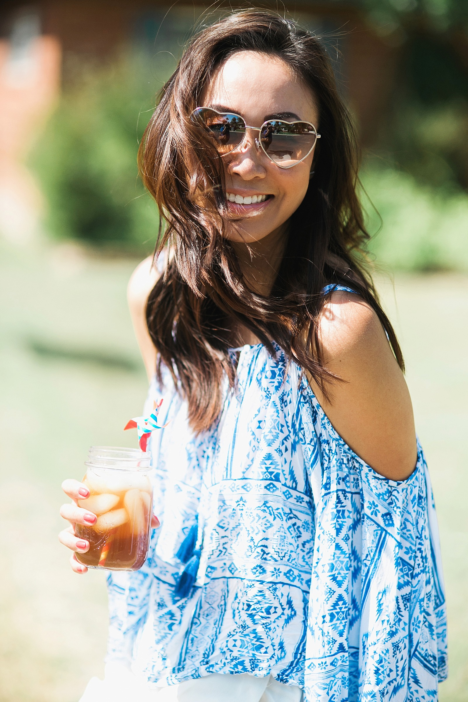 american-flag-fire-hydrant-painted-artistic-lifestyle-blogger-diana-elizabeth-blog-arizona-fashion-pool-summer-time_0100