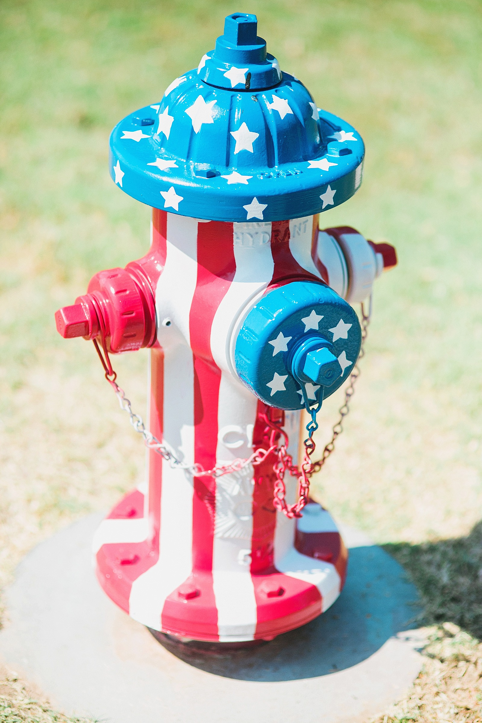 american-flag-fire-hydrant-painted-artistic-lifestyle-blogger-diana-elizabeth-blog-arizona-fashion-pool-summer-time_0102