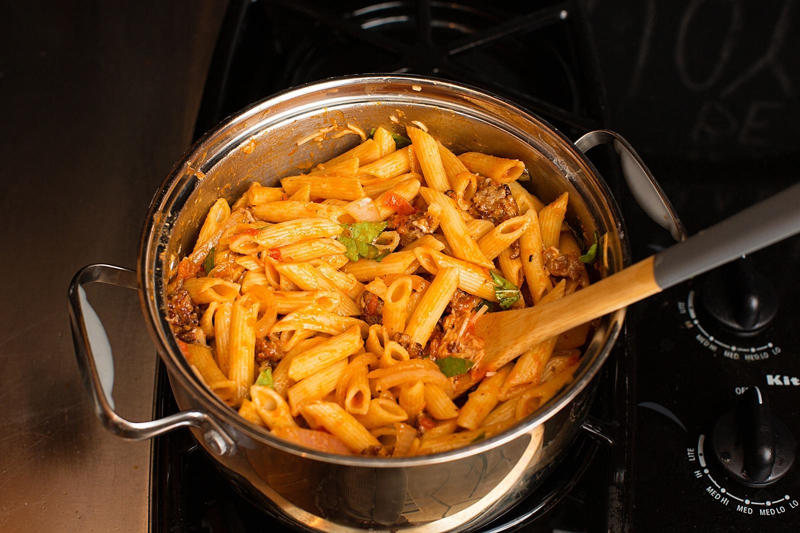 prego-farmers-market-recipe-penne-italian-sausage-basil-343