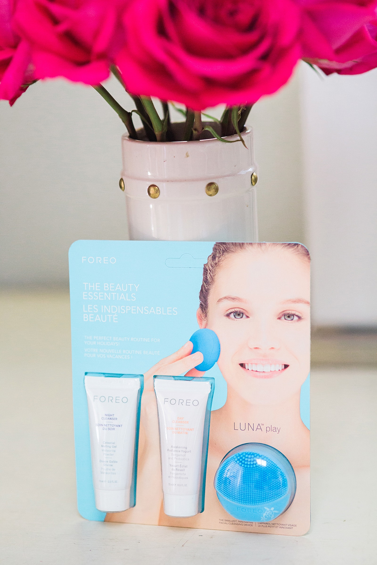 diana-elizabeth-blog-foreo-issa-luna-review-electric-toothbrush-facial-cleansing-device-9761