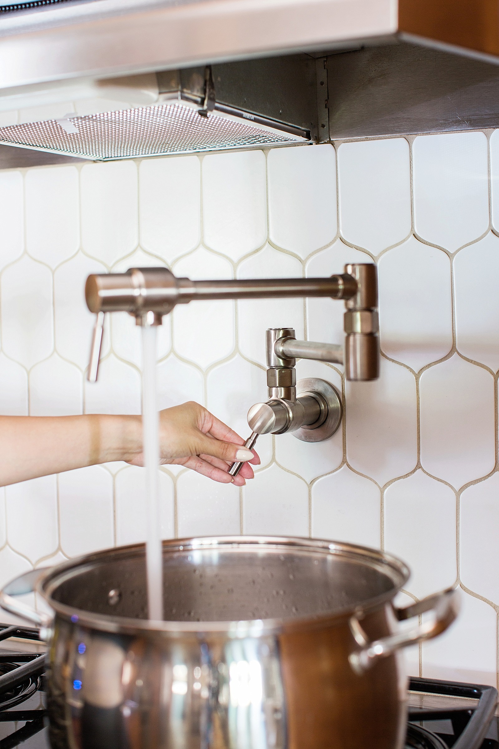 Installing A Pot Filler In The Kitchen Diana Elizabeth