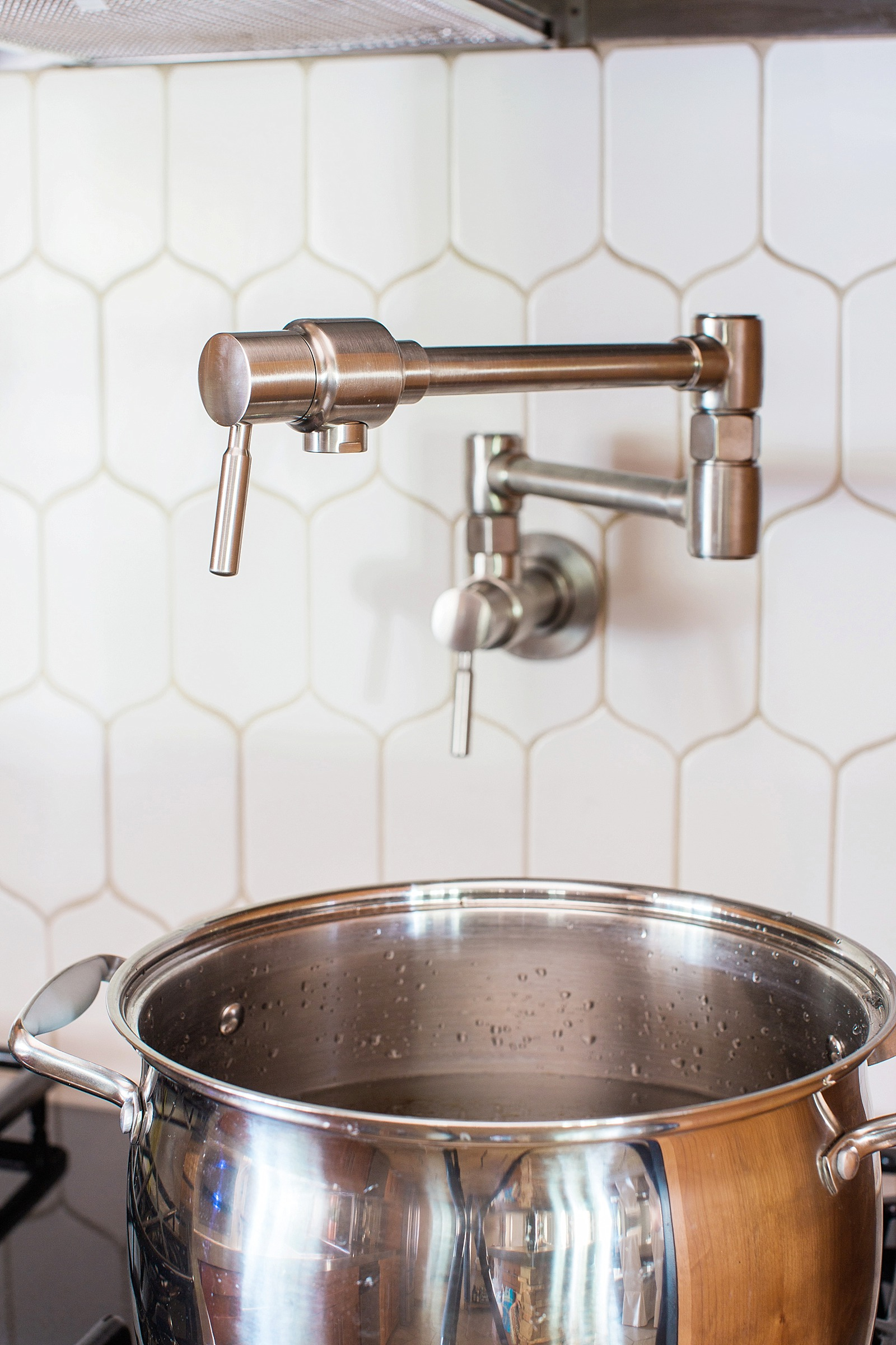 kitchen-diana-elizabeth-photography-blog-build-dot-com-brizo-pot-filler-above-stove-height-install-walker-zanger-cocoon-6th-avenue-mosaic-tile-white-tile-backsplash-9658