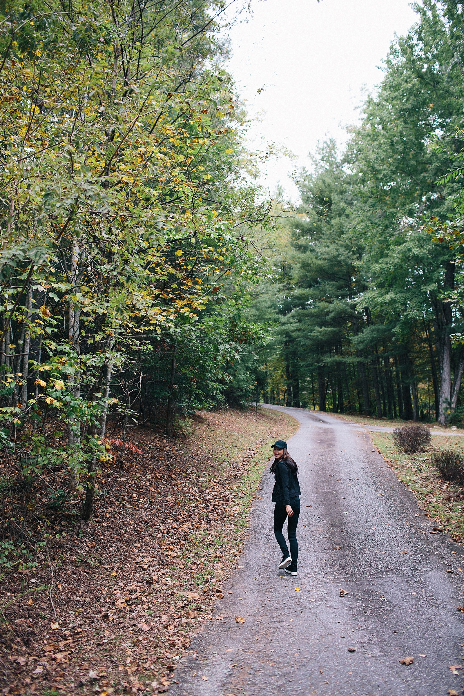 diana-elizabeth-blog-travel-blogger-fit-flop-high-tops-fashion-north-carolina-hendersonville-little-willow-falls-20161021_0011