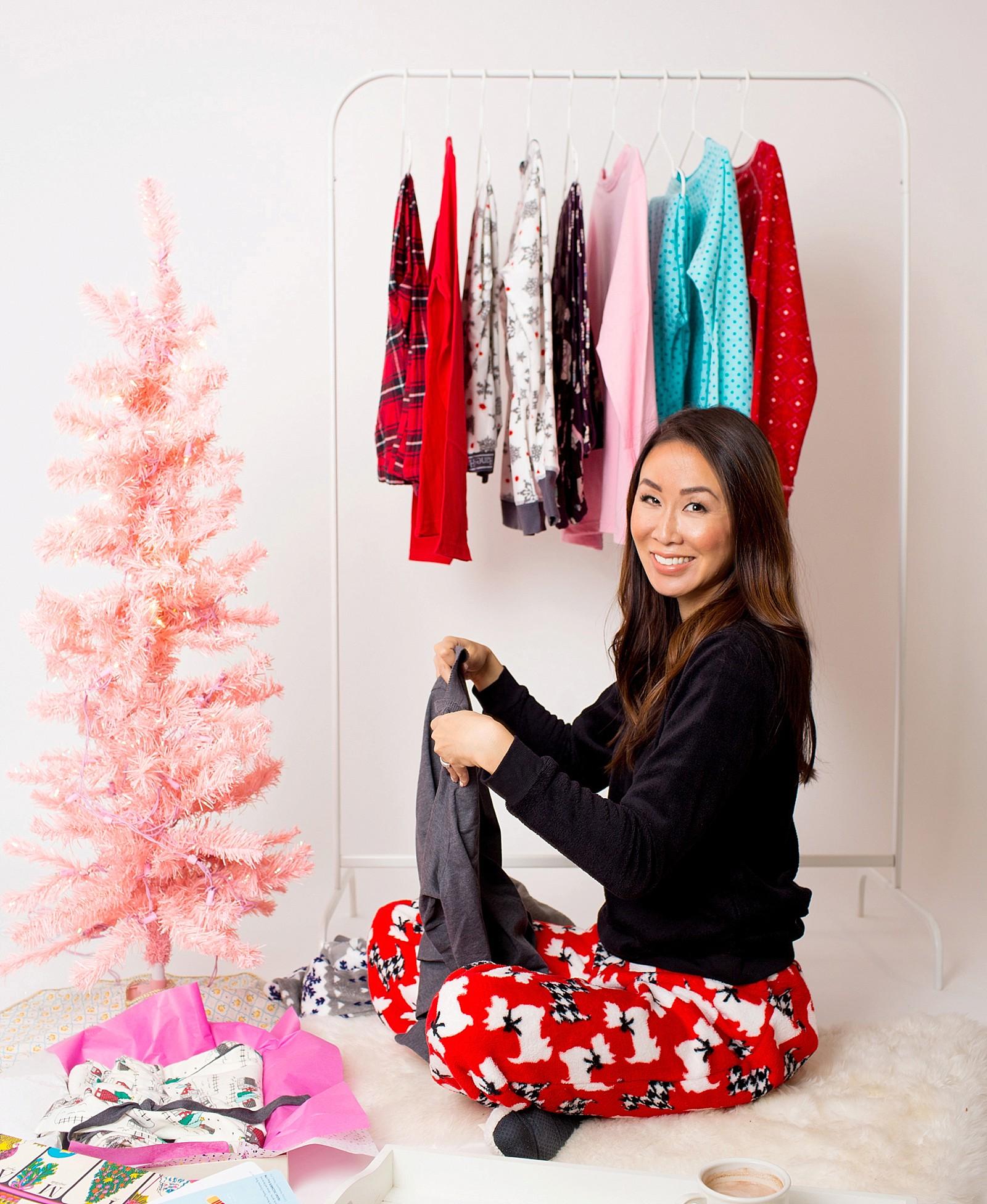 hanes-christmas-pajamas-girls-pajama-party-ideas-cute-jammies-diana-elizabeth-lifestyle-fashion-blogger-phoenix-arizona-1687a
