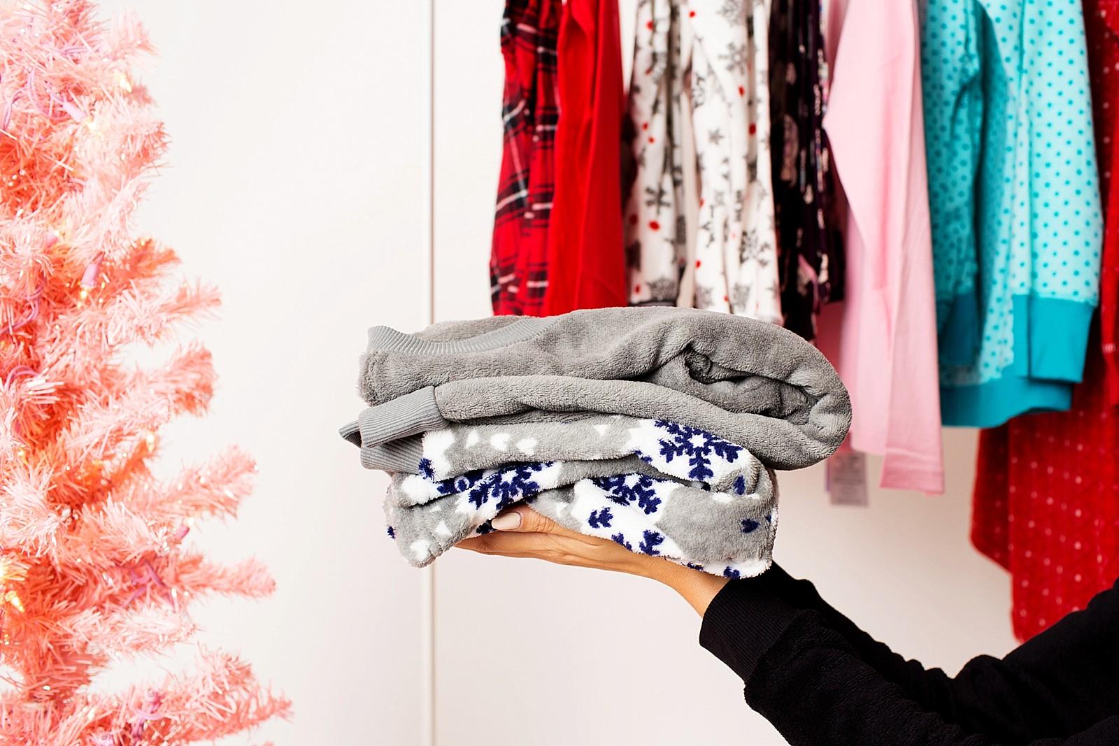 hanes-christmas-pajamas-girls-pajama-party-ideas-cute-jammies-diana-elizabeth-lifestyle-fashion-blogger-phoenix-arizona-1752