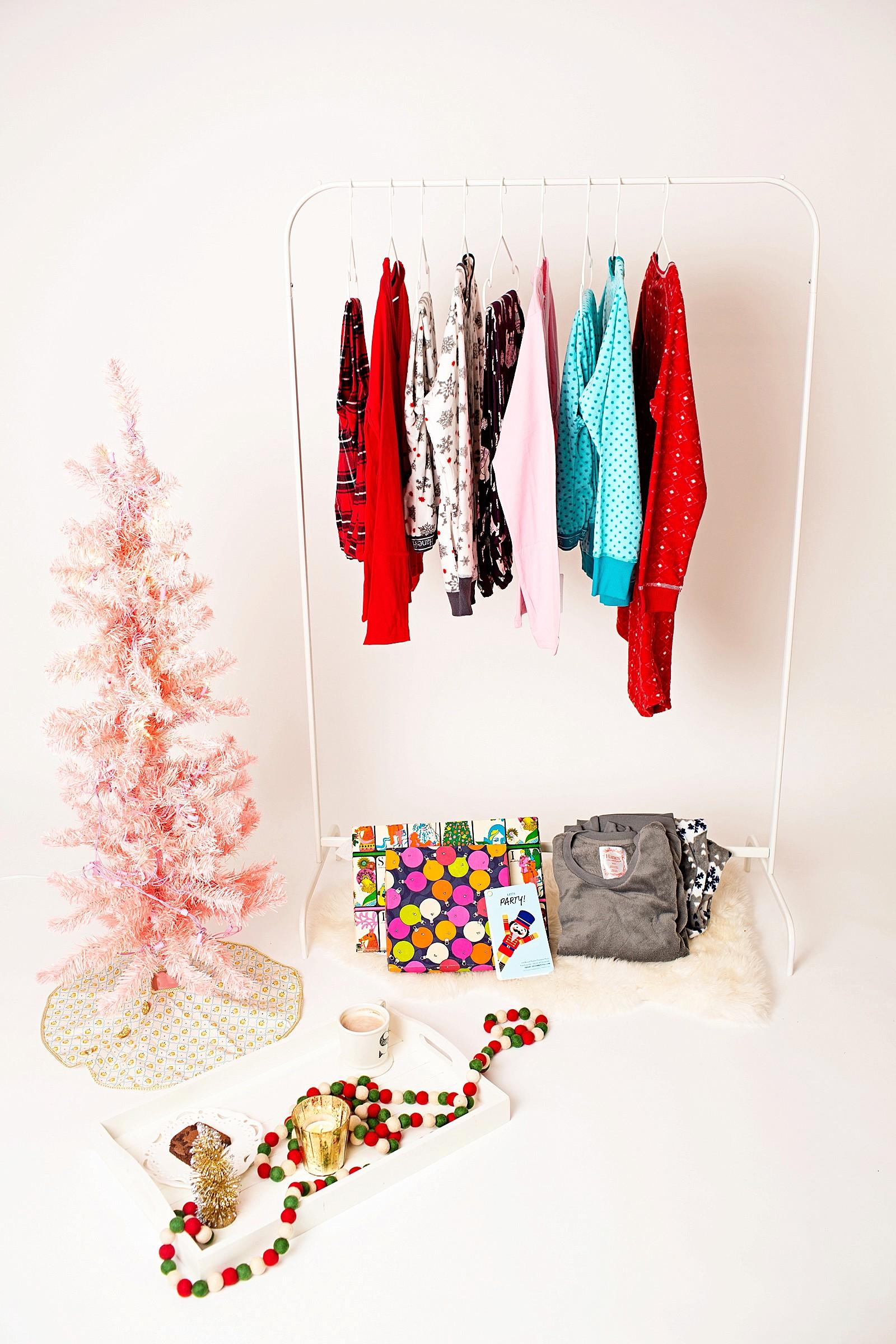 hanes-christmas-pajamas-girls-pajama-party-ideas-cute-jammies-diana-elizabeth-lifestyle-fashion-blogger-phoenix-arizona-1763