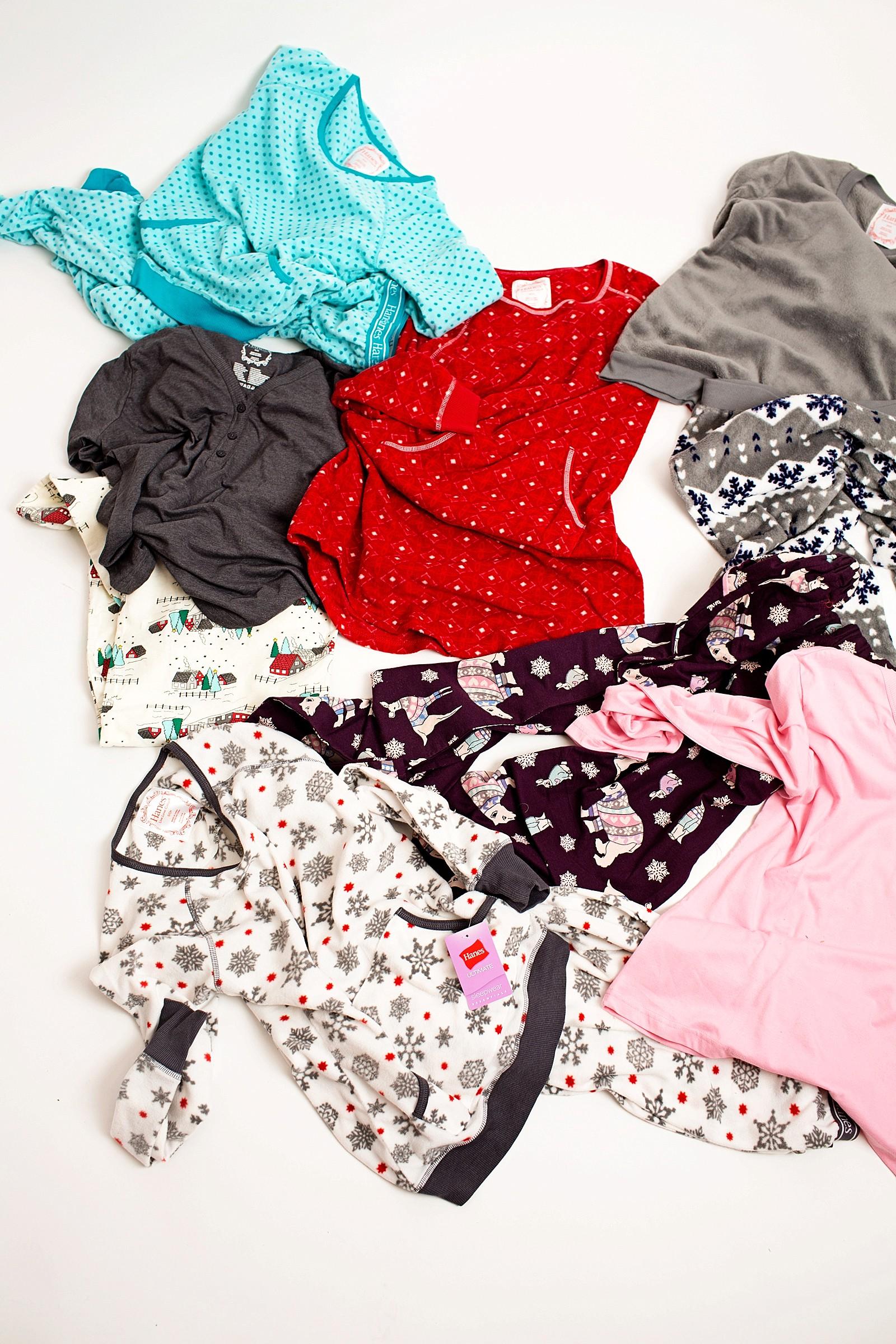 hanes-christmas-pajamas-girls-pajama-party-ideas-cute-jammies-diana-elizabeth-lifestyle-fashion-blogger-phoenix-arizona-1808