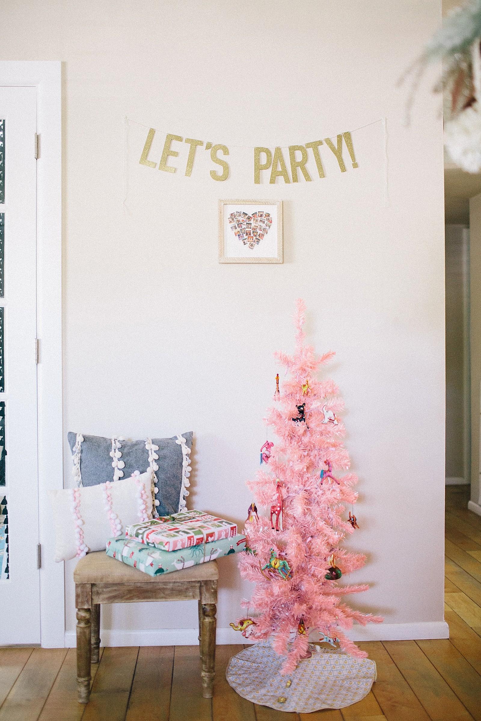 minted-christmas-inspiration-girls-party-photos-diana-elizabeth-blog-lifestyle-hostess-entertainment-home-blog-2312