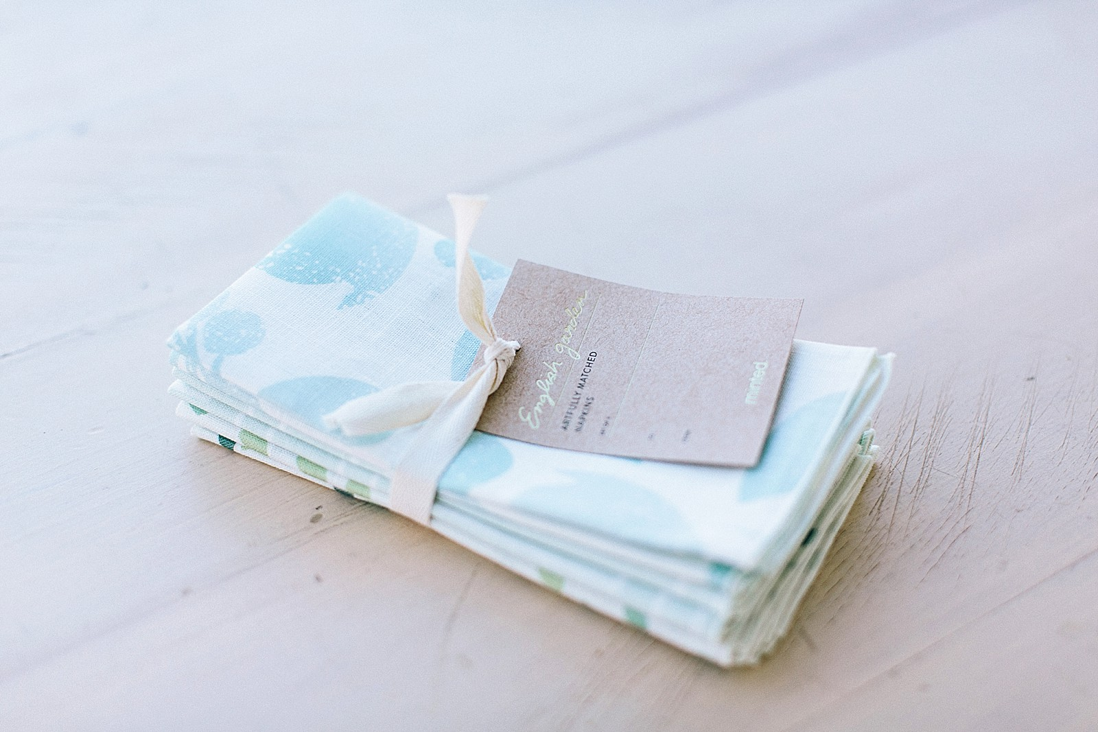 minted-tablescape-3023