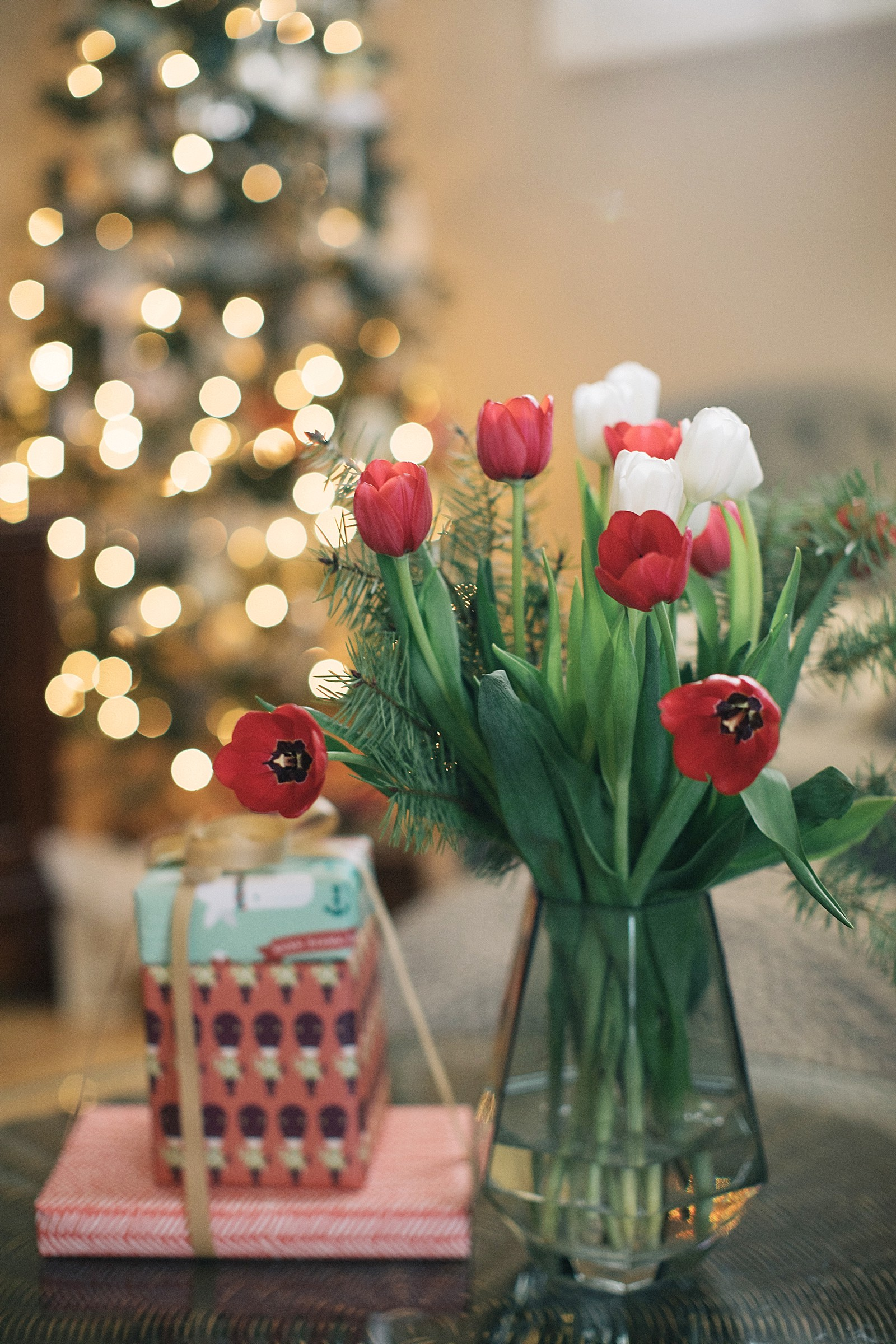 proflowers-christmas-how-to-assemble-flowers-0189