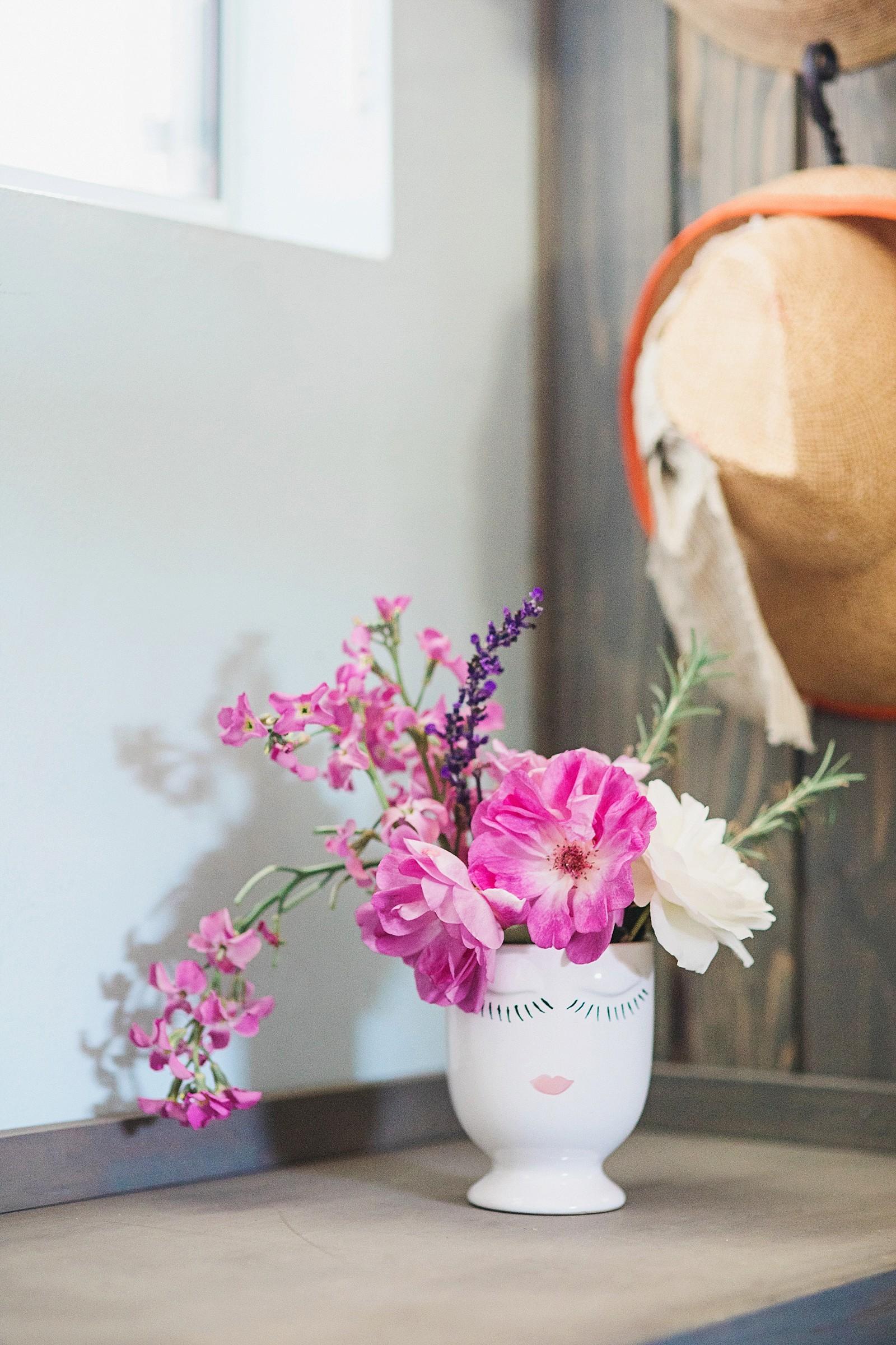 selfie celfie vase roses cute face vase