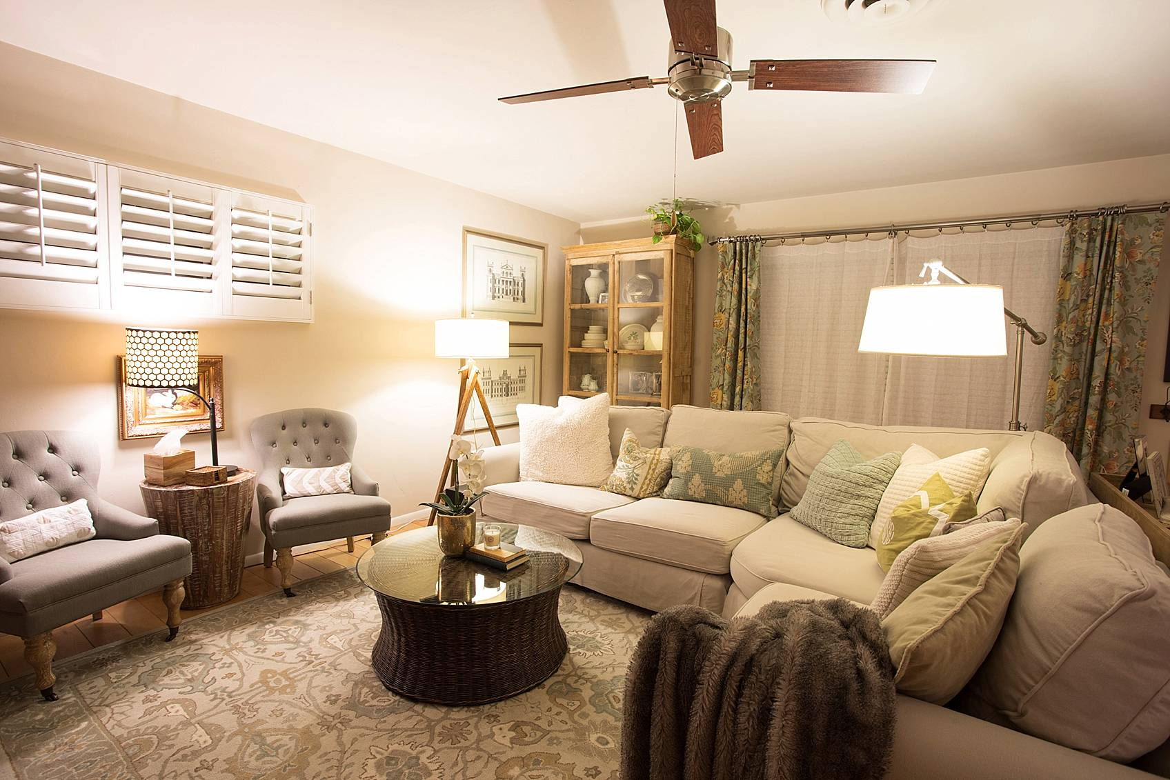 phoenix home decor blogger living room at night featuring finally light bulbs