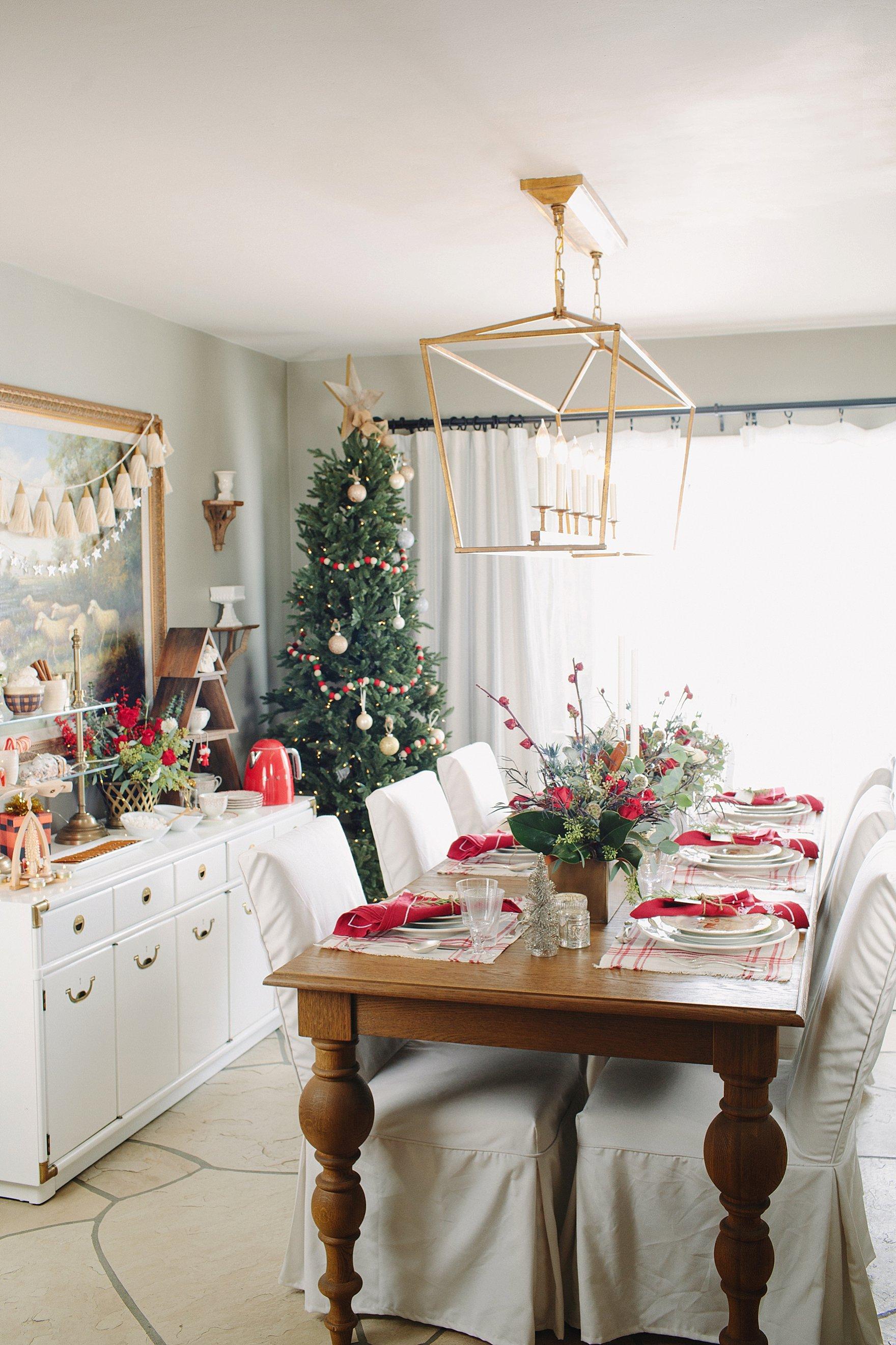 Holiday Tablescape Diana Elizabeth