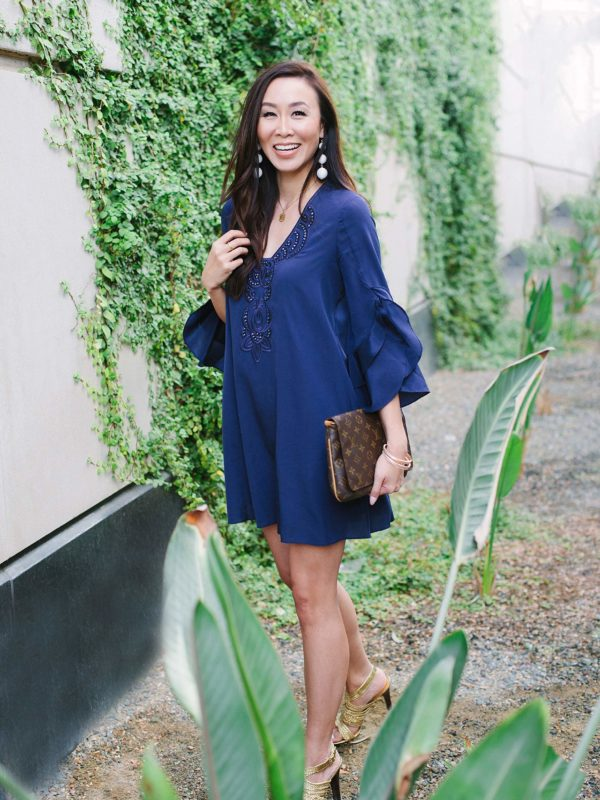 https://dianaelizabethblog.com/wp-content/uploads2/2017/11/lilly-pulitzer-blue-dress-arizona-phoenix-diana-elizabeth-fashion-style-blogger-2113x.jpg