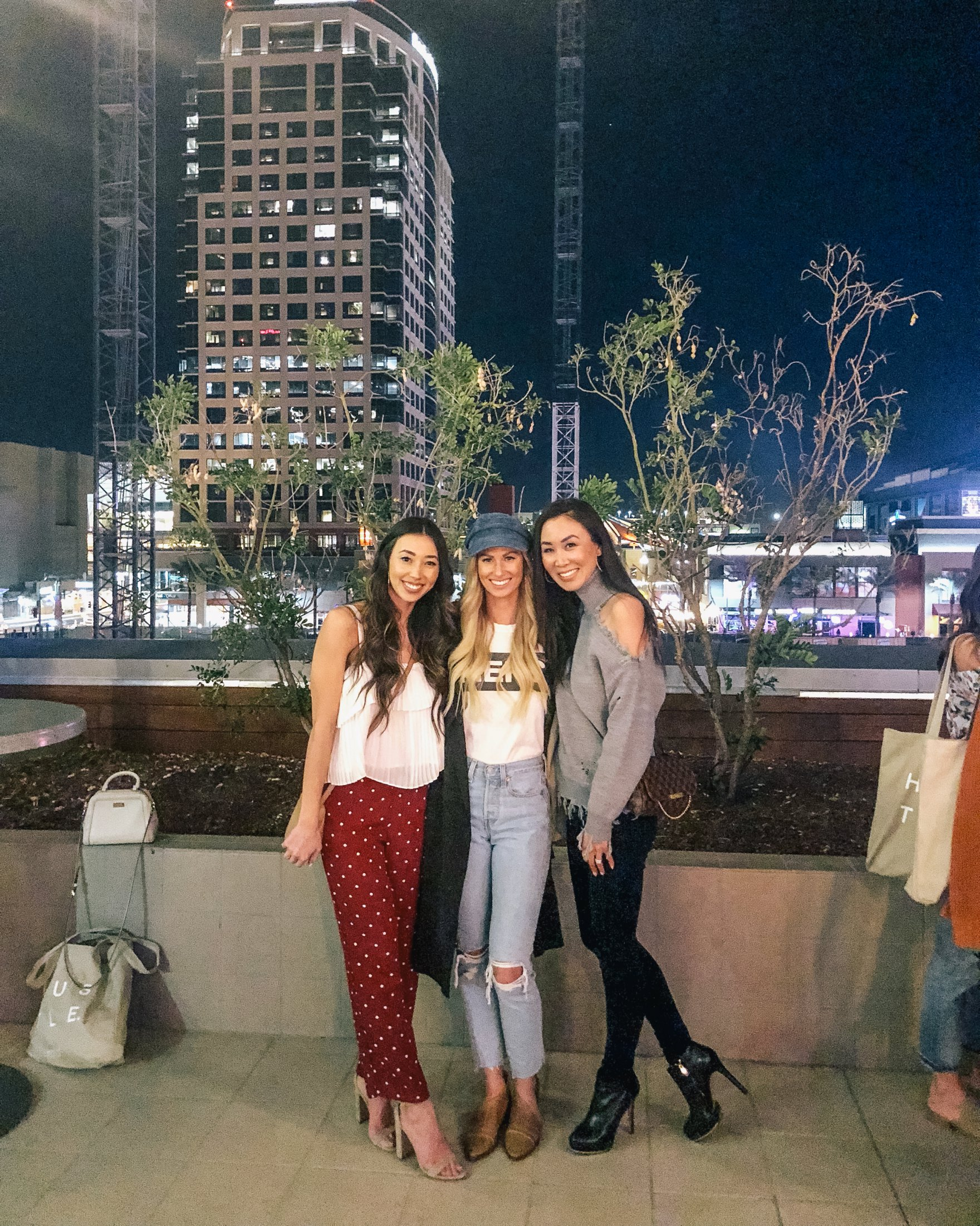 // a business and blogging social media workshop called The Workshop PHX by the Bloguettes - a review. happy hour