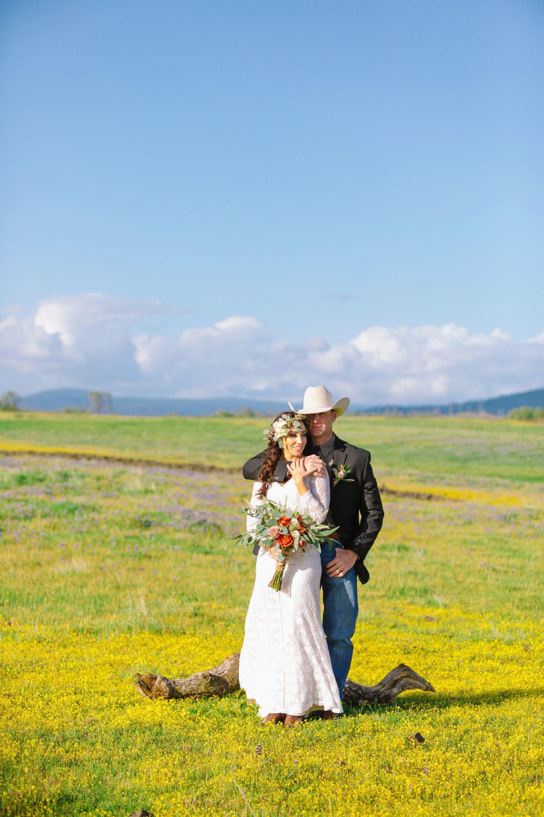 Cherokee / Oregon Gulch California // Cowboy wedding in northern california in open fields of flowers under an oak tree