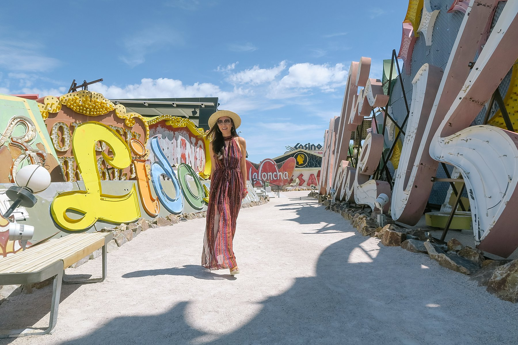 Things to do in Vegas, fun Clean unique and instagrammable! Las Vegas Neon Museum // great for instagram