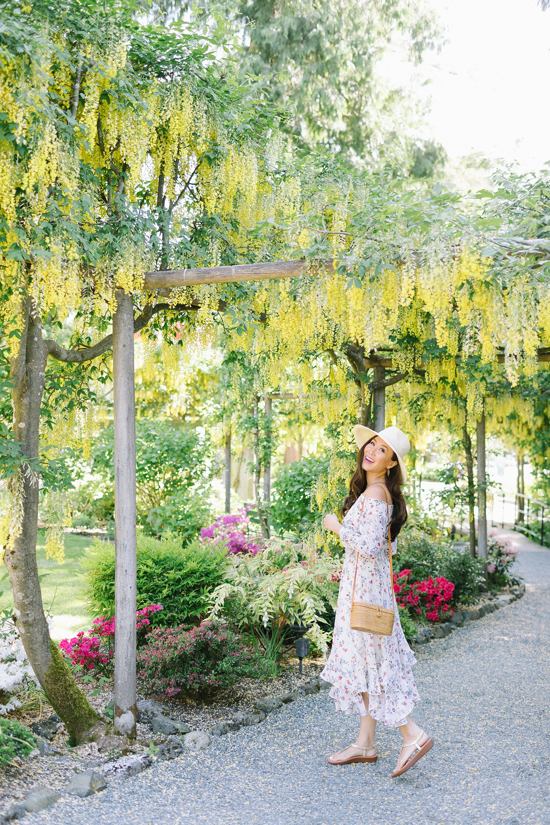butchart gardens in Victoria Canada wearing floral strapless dress Tahari ASL on blogger Diana Elizabeth