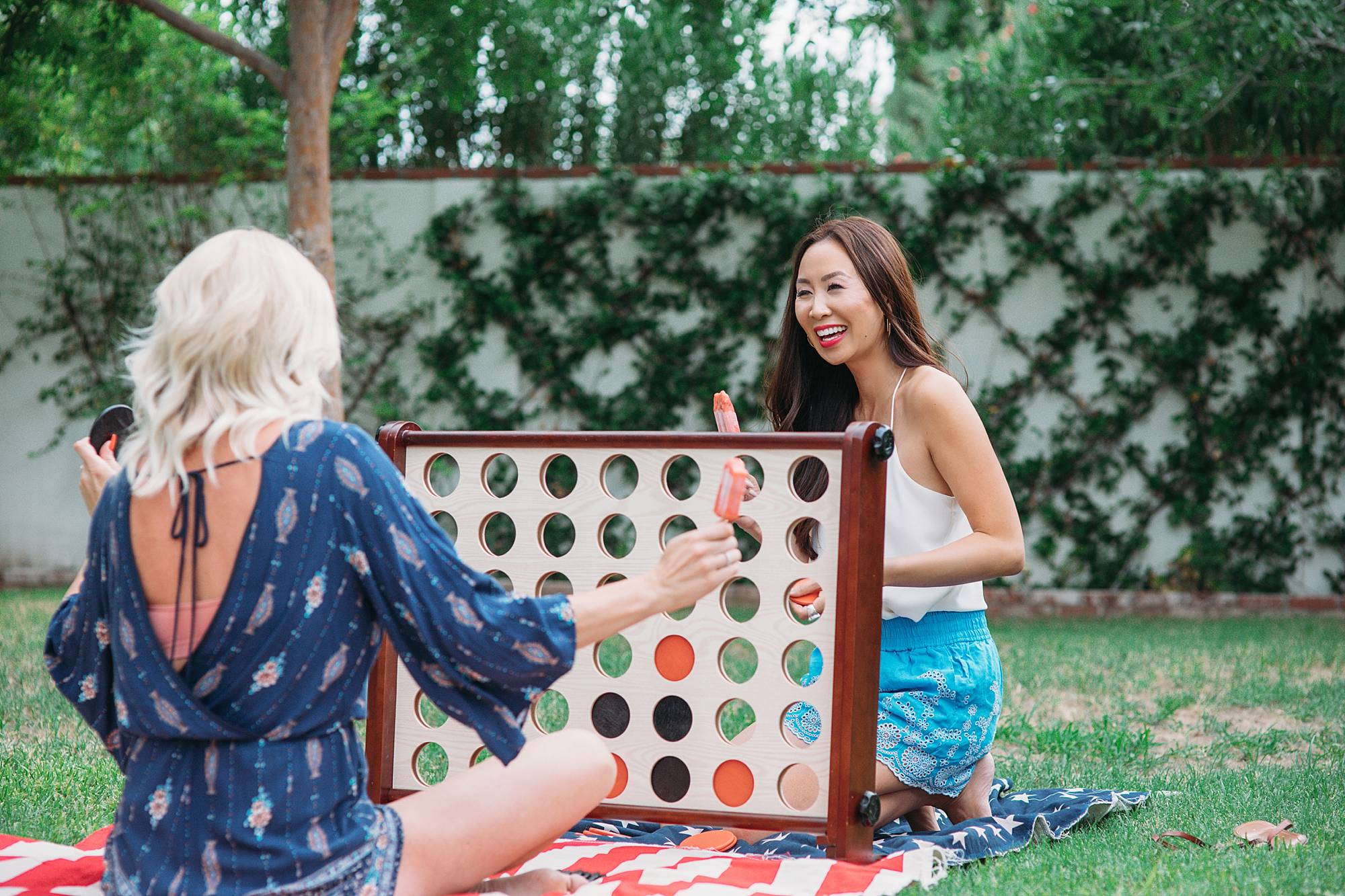 giant connect 4 in-a-row game for summer fun lawn game beach