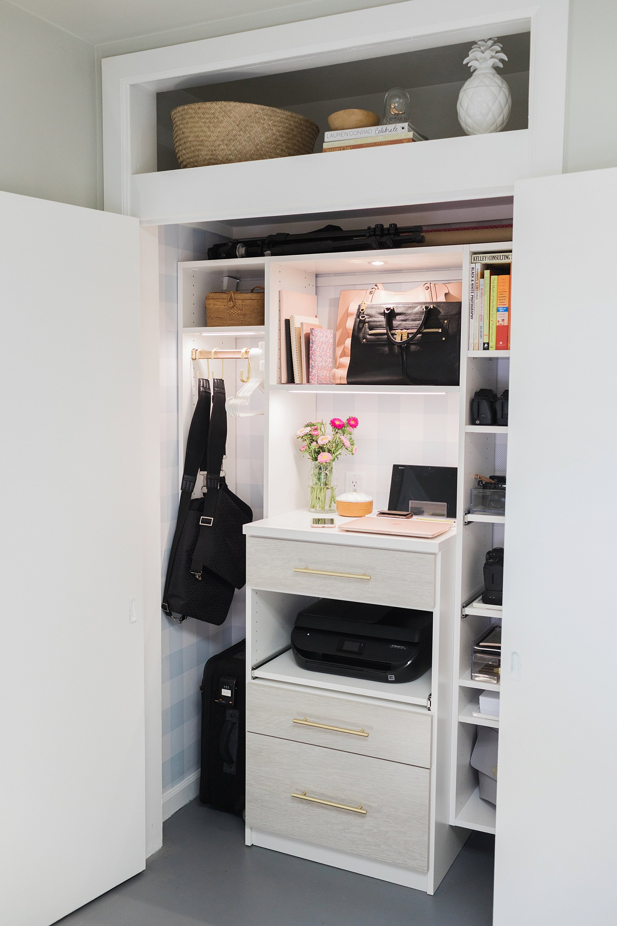 final reveal of office closet reveal belonging to photographer blogger Diana Elizabeth in phoenix arizona. created by California closets and with removable buffalo check wallpaper