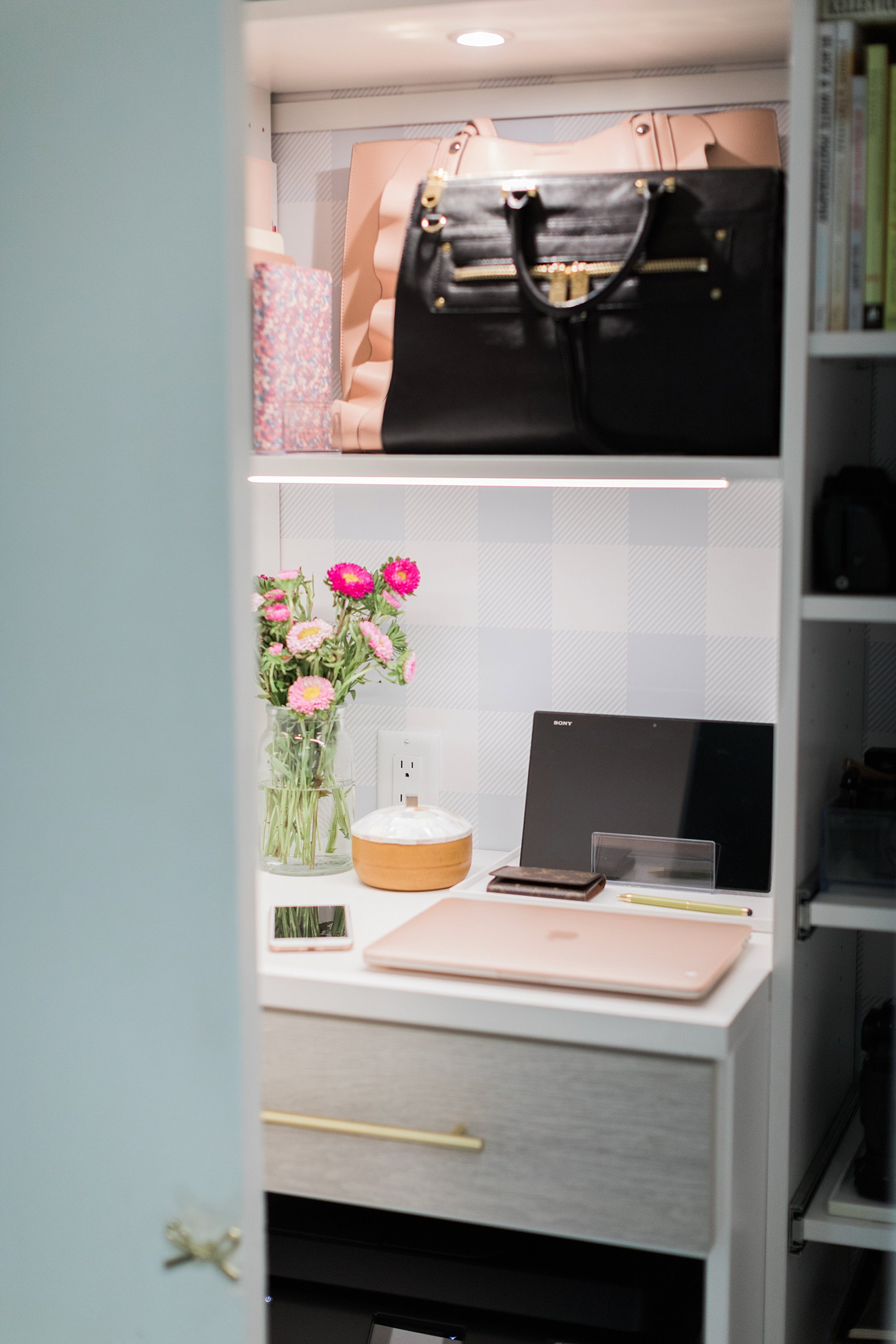 home office closet reveal belonging to photographer blogger Diana Elizabeth in phoenix arizona. created by California closets and with removable buffalo check wallpaper #wallpaper #office #homeoffice #closet #organization