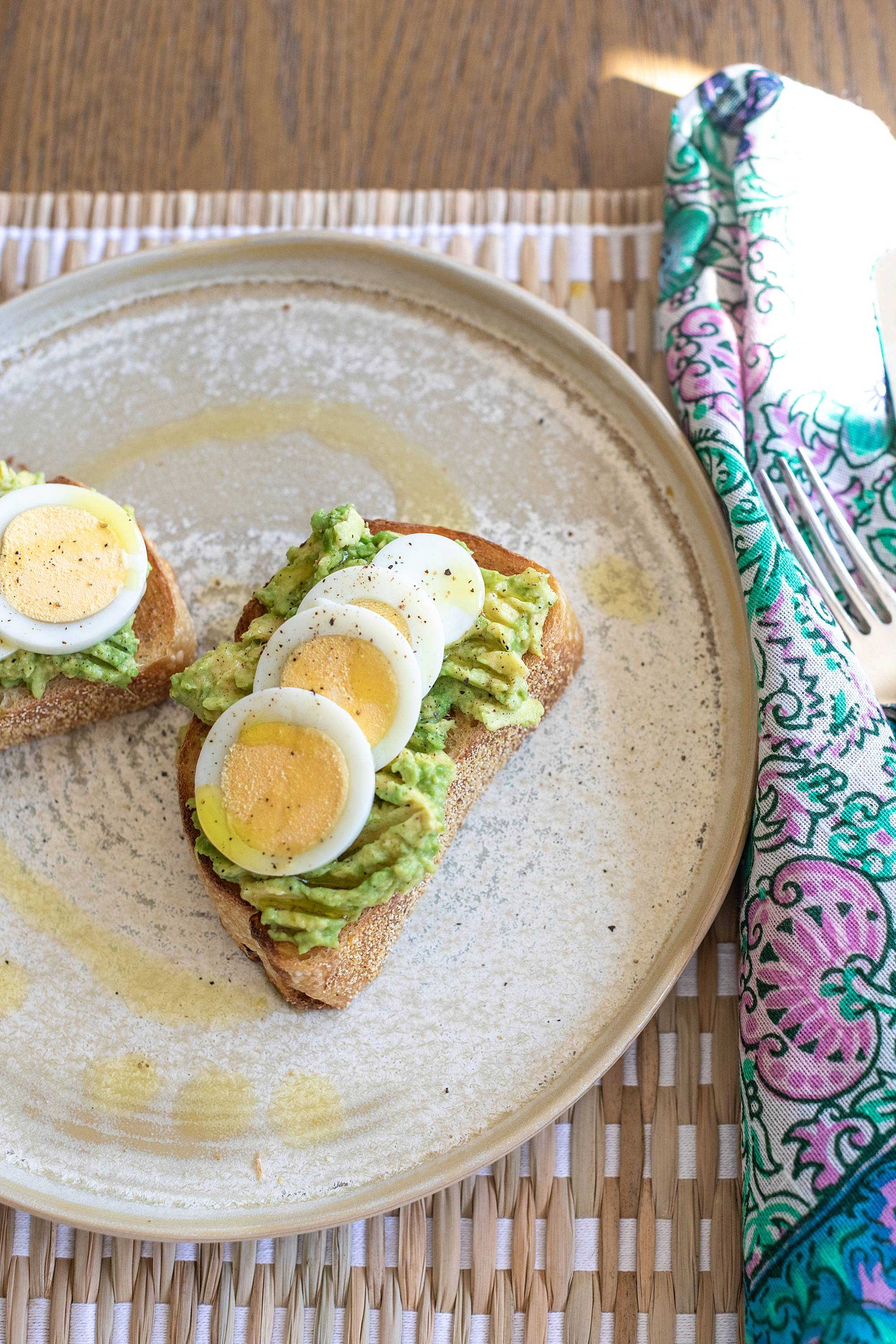 lazy girl recipe avocado toast on sour dough bread and hard boiled egg