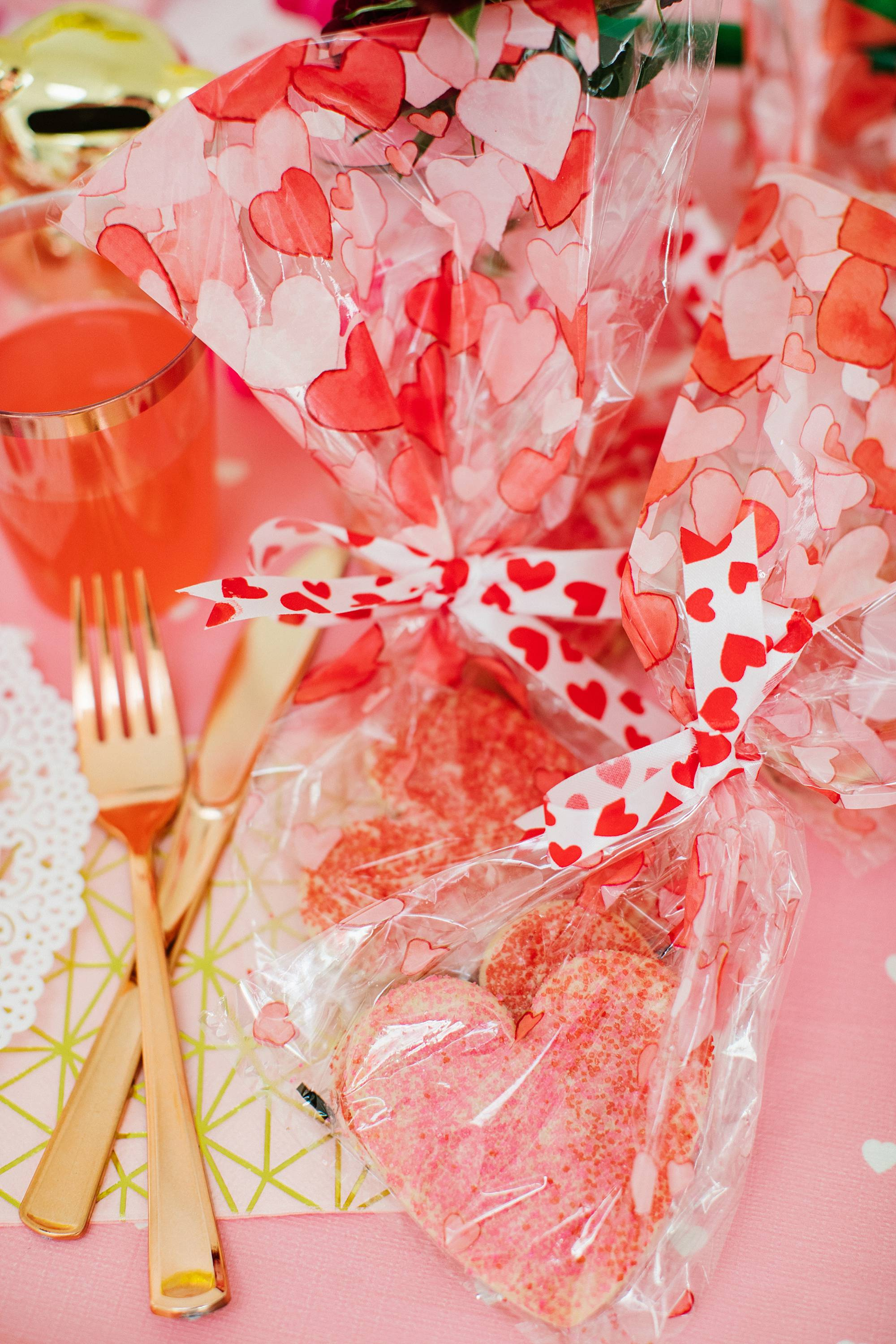 the 99 cents store Valentine's Day galentine's day decor from the 99 cents only store - a party on a budget cute girly and fun! #valentinesday #galentinesday