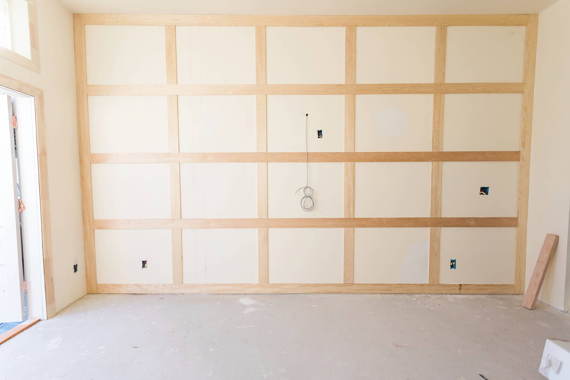square wall molding trim work wainscoting
