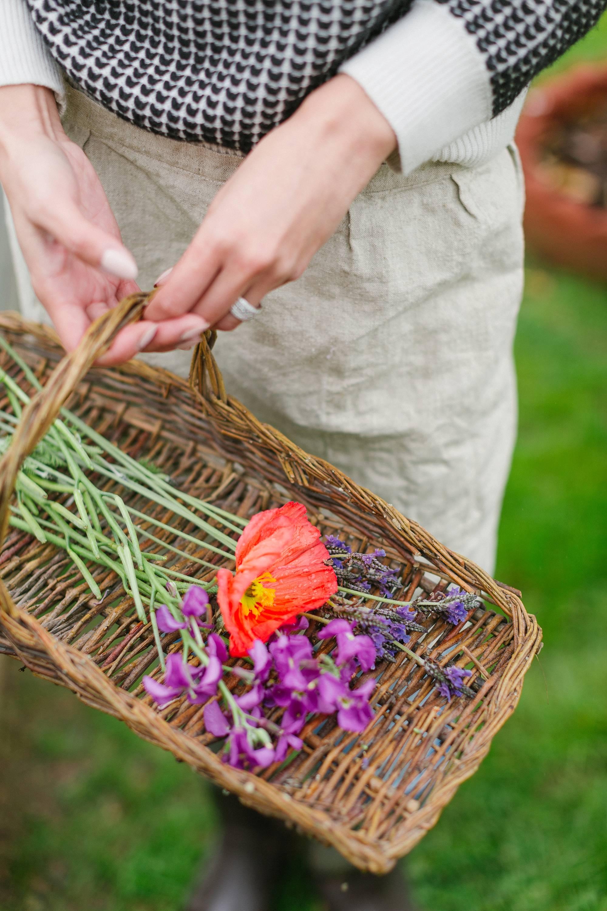 rainy day garden goods gathering lifestyle blogger Diana Elizabeth #gardenblog #garden