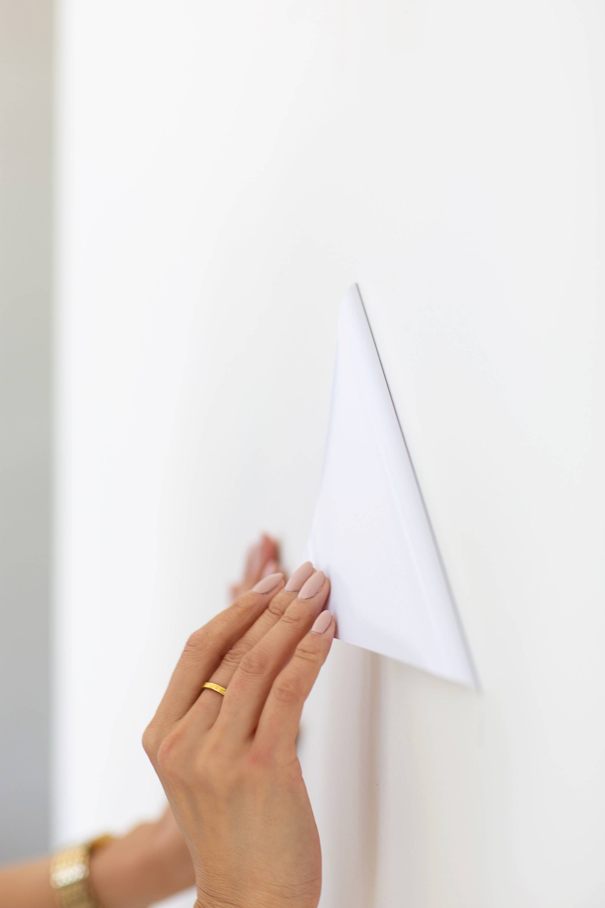 Origami White by Sherwin-Williams paint and stick paint samples