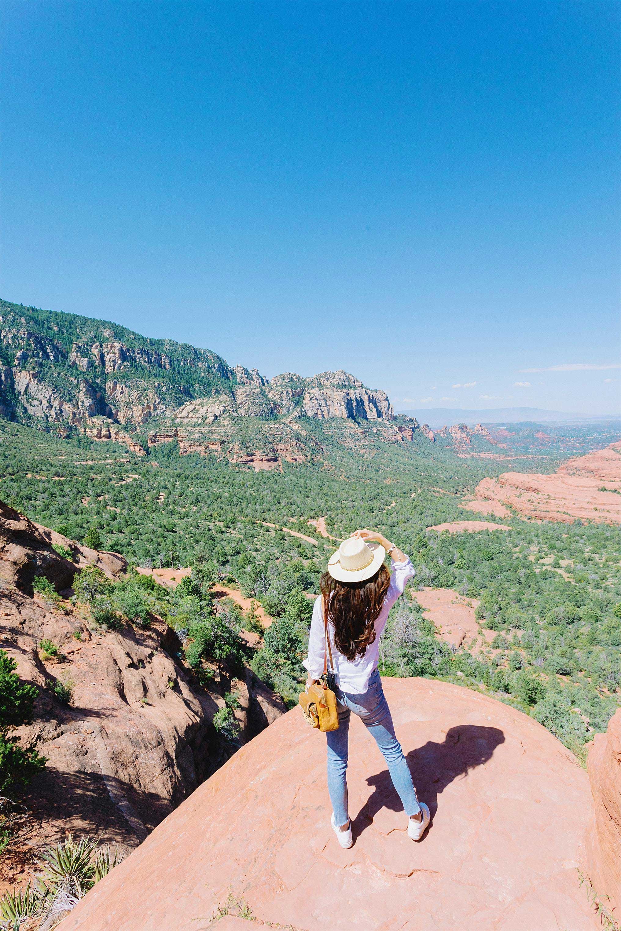 view from the top sedona arizona Jeep Tour safari with travel blogger photographer Diana Elizabeth