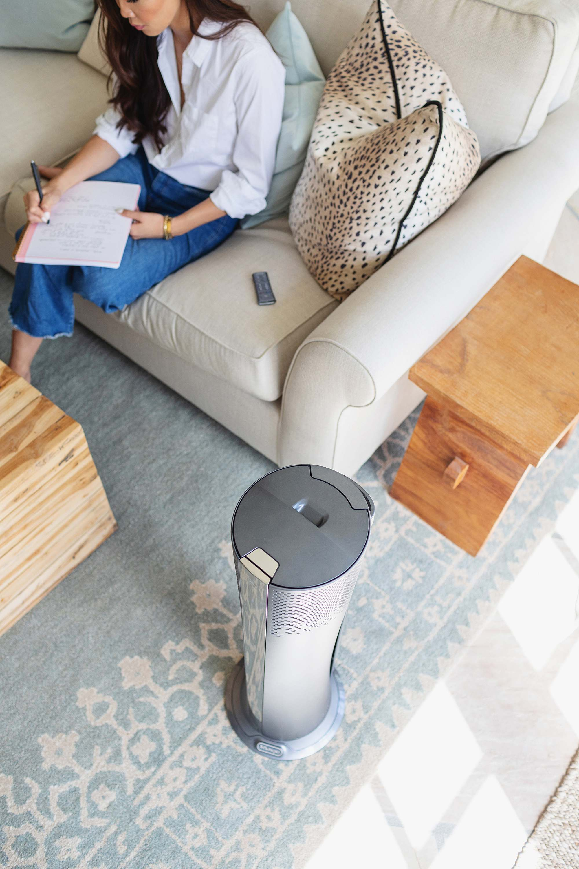 De'Longhi air filter and has cooling and heating features so you don't need a room that that blows dust around