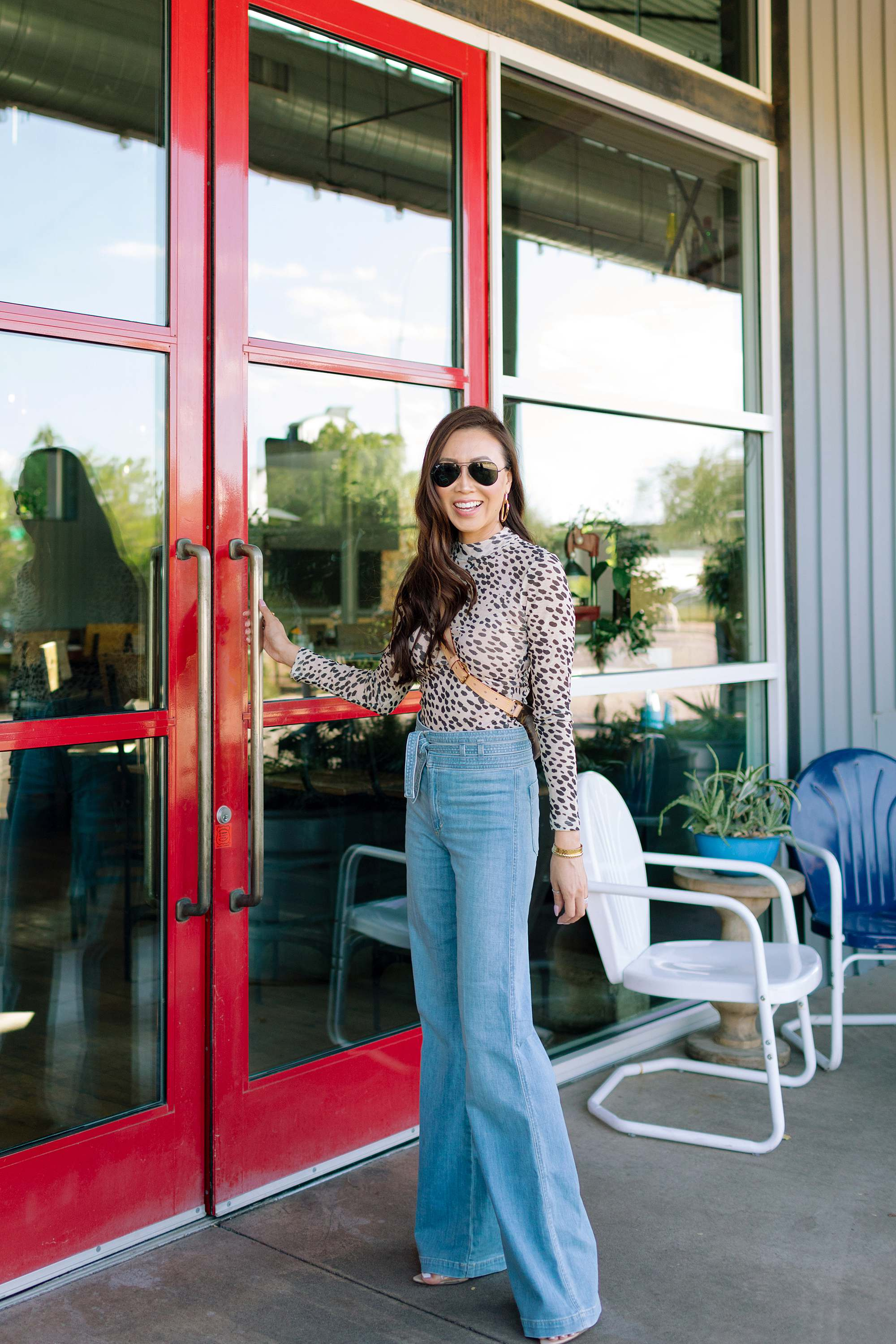 ray-ban classic aviator outfit at Kohl's woman wearing black framed aviator sunglasses outfit for fall