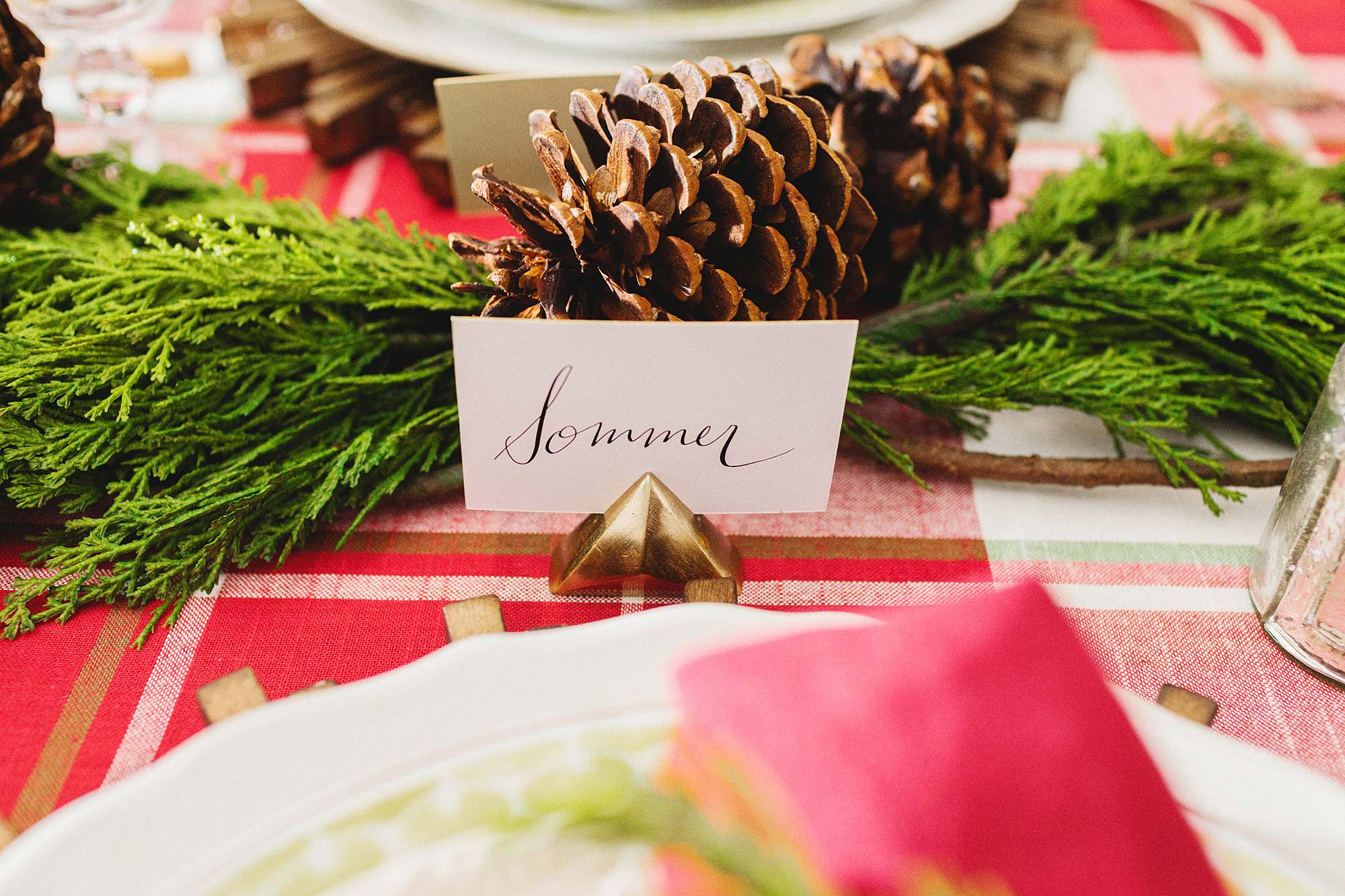 red green plaid Christmas tablescape