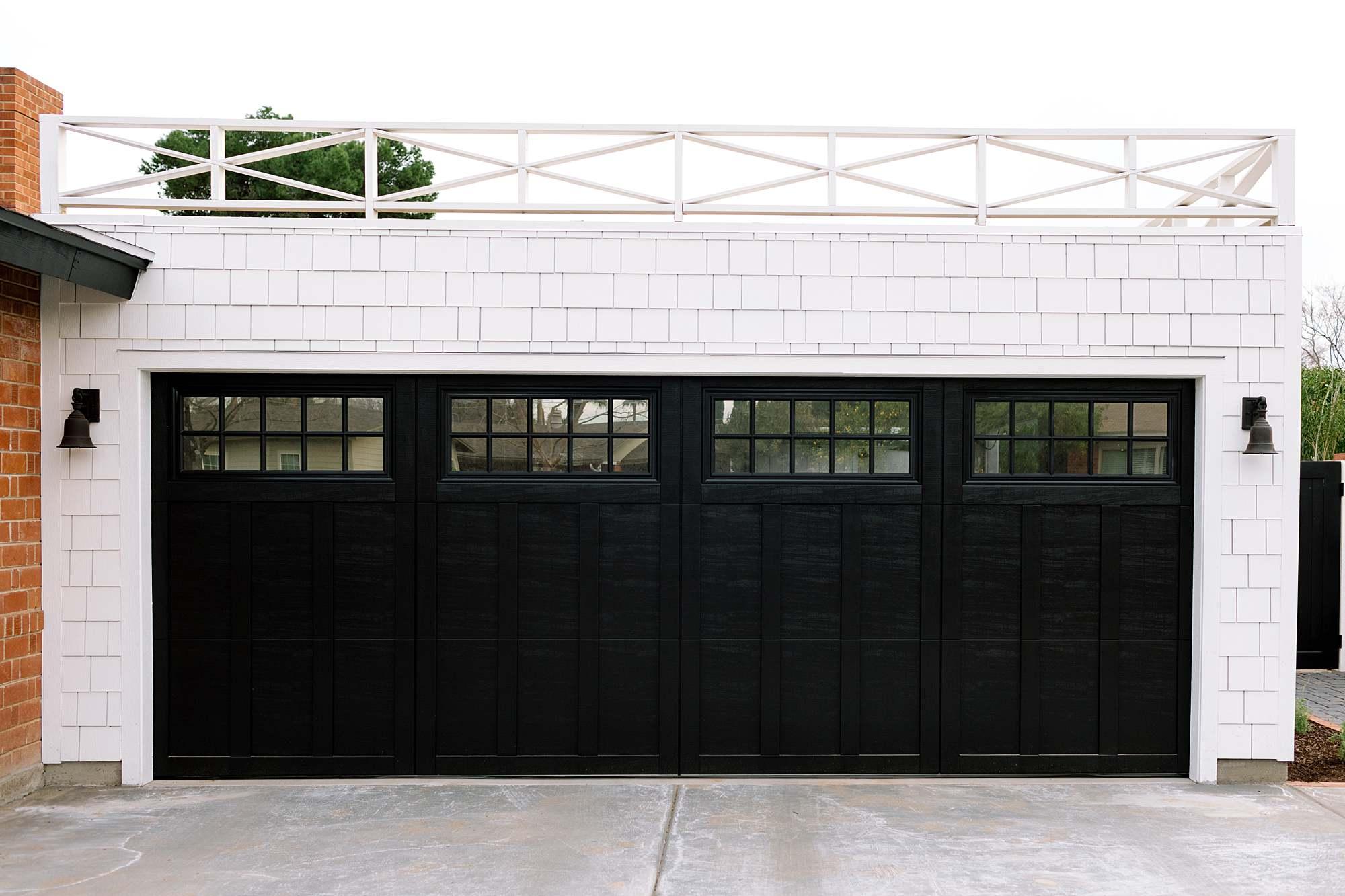 flat roof open air garage ideas with railing - phoenix home blogger Diana Elizabeth