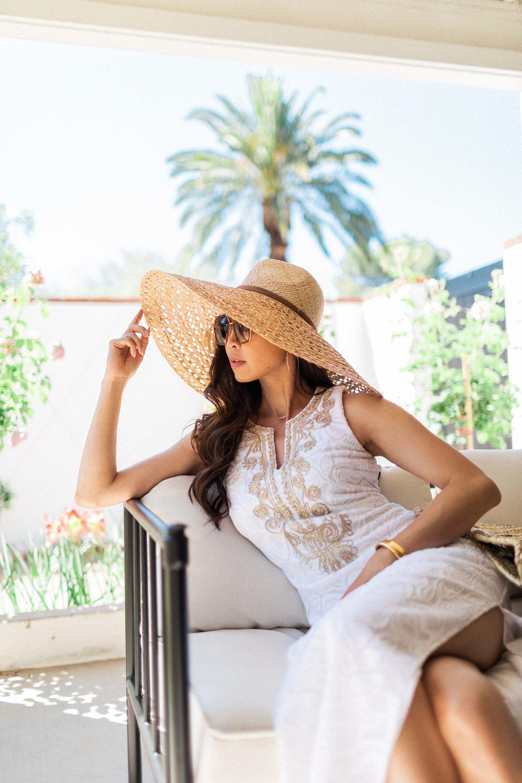 CARLOTTA MAXI DRESS Lilly Pulitzer white resort dress wide Brim straw hat // lifestyle blogger Diana Elizabeth #whitedress #summerdress