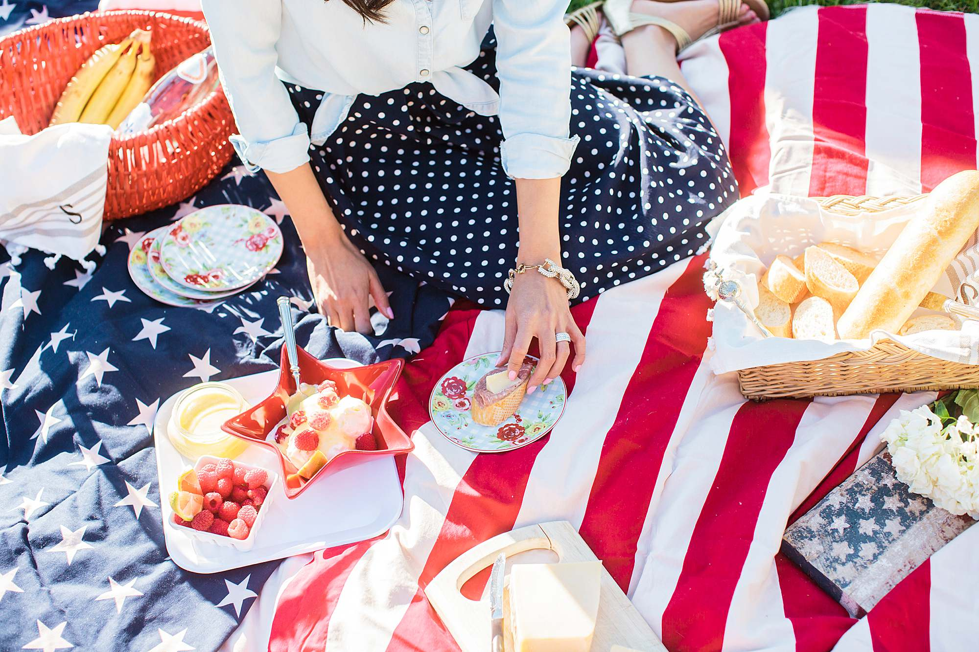 Fourth of July Memorial Day weekend presidents day Veterans Day themed picnic patriot picnic home decor tables cape - American flag blanket stars and stripes