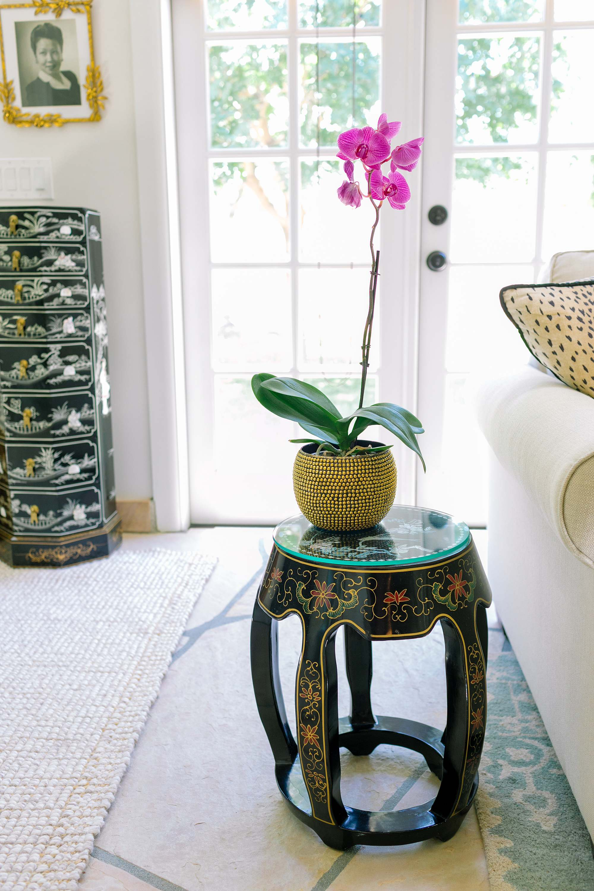 antique estate sale shopping tips and etiquette and how to find an estate sale melon asian stool